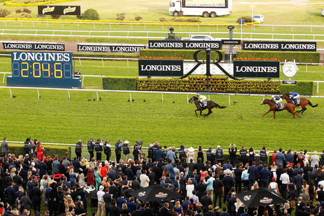 Longines Flat Racing Event: Lucia Valentina and Damien Oliver speed to victory at the Longines Queen Elizabeth Stakes