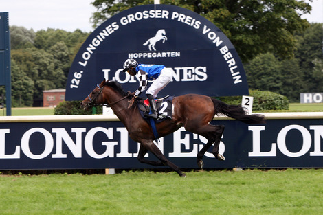 Longines Flat Racing Event: The Longines Positioning System used for the first time in Europe for the Longines Grosser Preis von Berlin