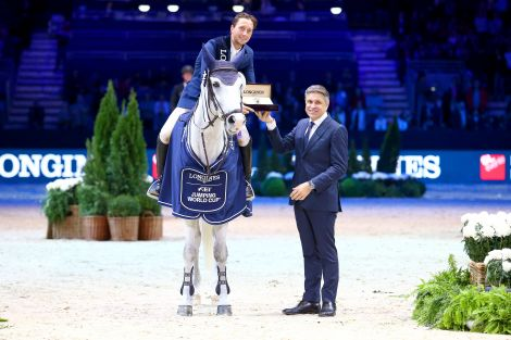 Martin Fuchs and Clooney were highly successful at Equita Longines, le Salon du Cheval de Lyon