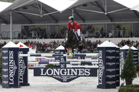 Longines Show Jumping Event: The 2011 Longines Press Award for Elegance goes to Beezie Madden and Eric Lamaze