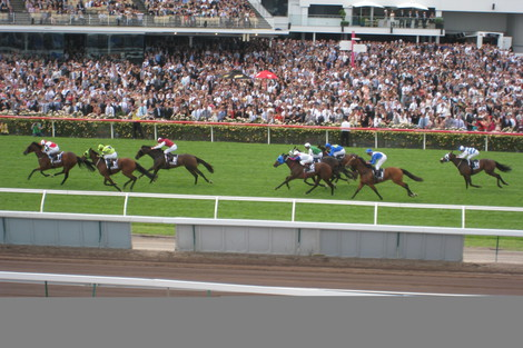 Longines Flat Racing Event: Elegance reigns at Derby Day as part of 2011 Melbourne Cup Carnival