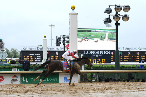 Longines Flat Racing Event: Longines awards timepieces to the winners of the Kentucky Derby