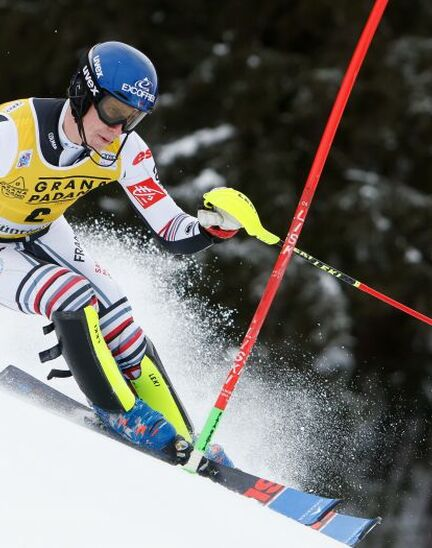 Longines welcomes young Alpine slalom standout Clément Noël to the Family