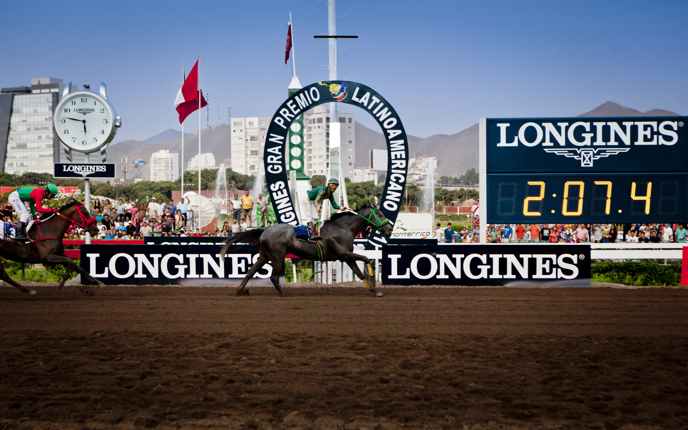 Longines Flat Racing Event: Juan Enrique on Lideris wins the Longines Gran Premio Latinoamericano 2