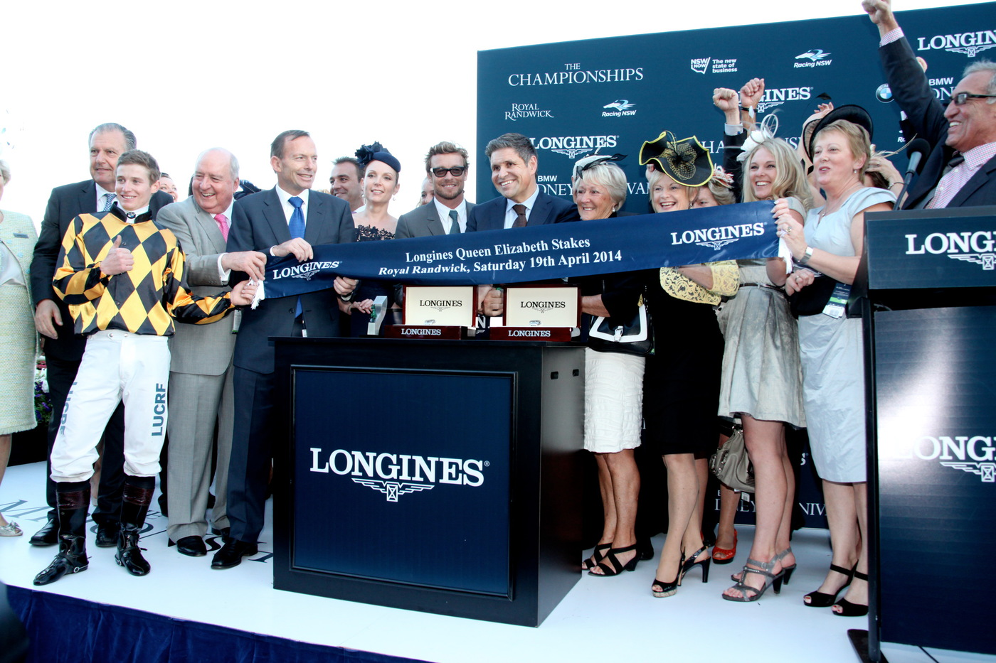 Longines Flat Racing Event: 2014 edition of the Longines Queen Elizabeth Stakes Raceday with the presence of Simon Baker 5