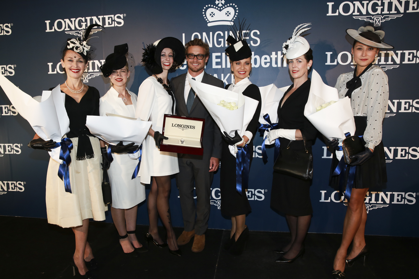 Longines Flat Racing Event: 2014 edition of the Longines Queen Elizabeth Stakes Raceday with the presence of Simon Baker 7