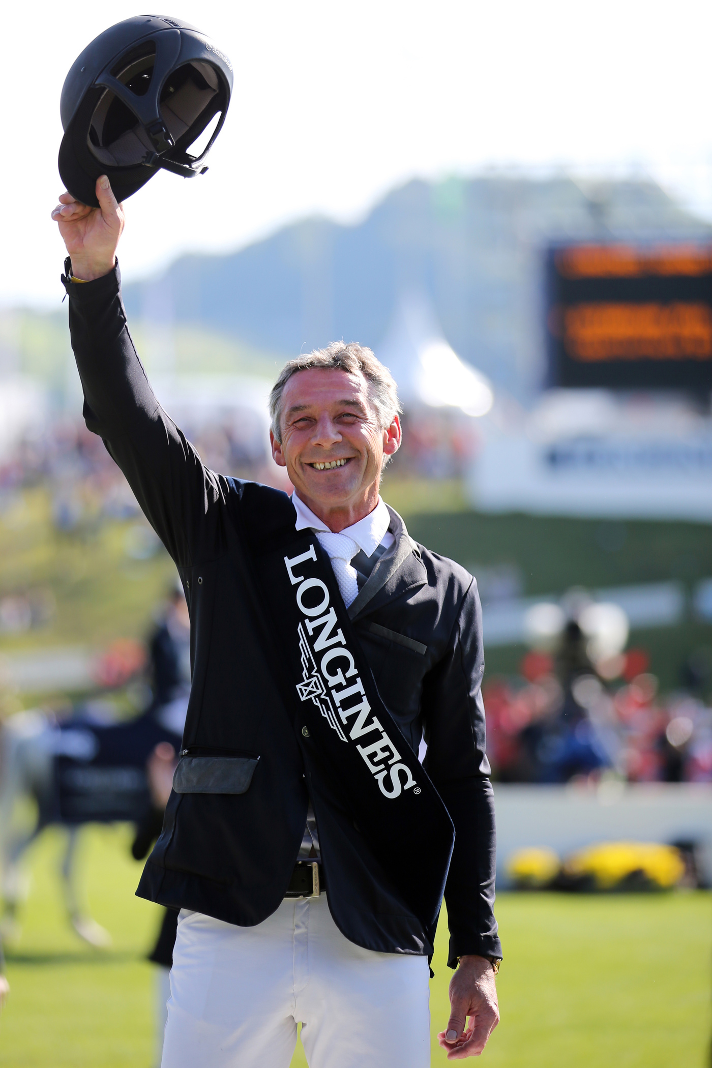 "Longines Show Jumping Event: Excellent results for Switzerland at the ""Longines Grand Prix der Schweiz""  in St. Gallen 1"