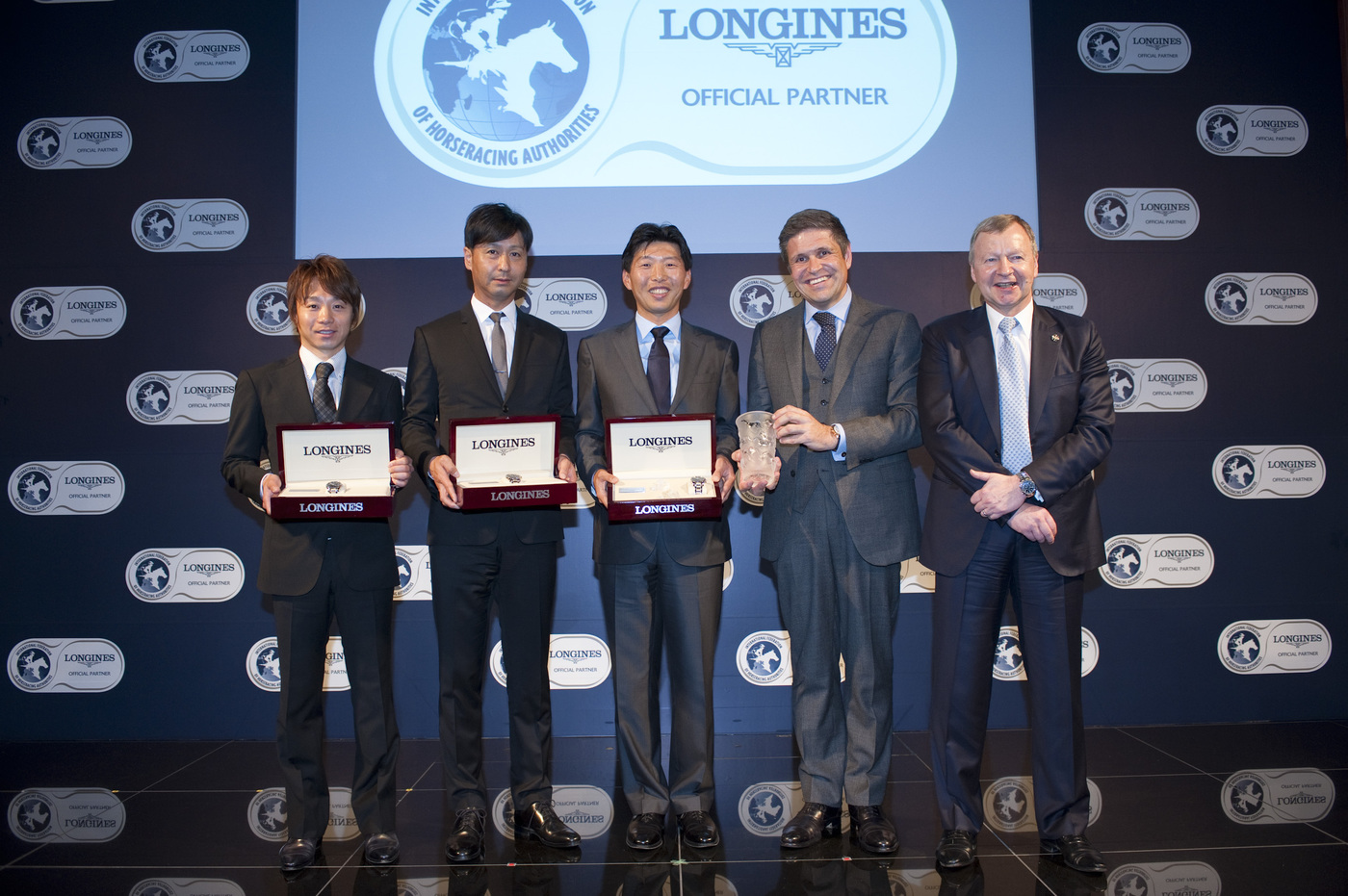Longines Flat Racing Event: Longines and the International Federation of Horseracing Authorities (IFHA) honoured ORFEVRE as the co-third highest-rated horse in the world for 2013 2