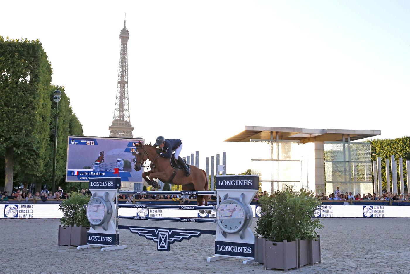 Longines Show Jumping Event: The Longines Paris Eiffel Jumping returned to its iconic location in the very heart of the French capital 3