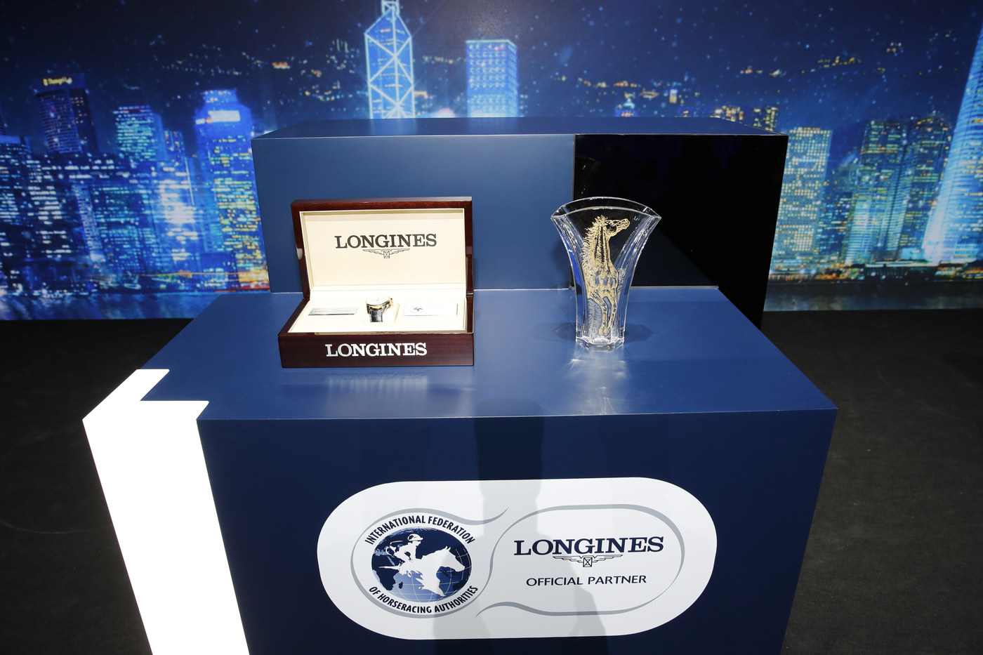 Longines Flat Racing Event: Australian Hugh Bowman receives the 2017 Longines World's Best Jockey Award in Hong Kong 4