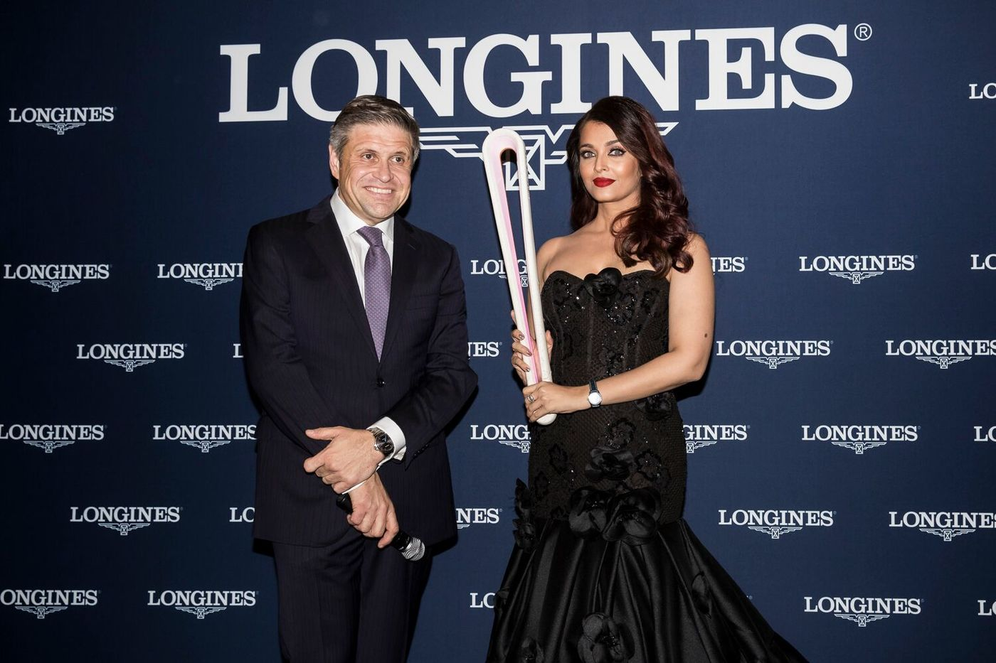 Longines Commonwealth Games Event: Longines and its Ambassador of Elegance Aishwarya Rai Bachchan welcome the 2018 Queen's Baton to the brand new Longines boutique in Sydney  2