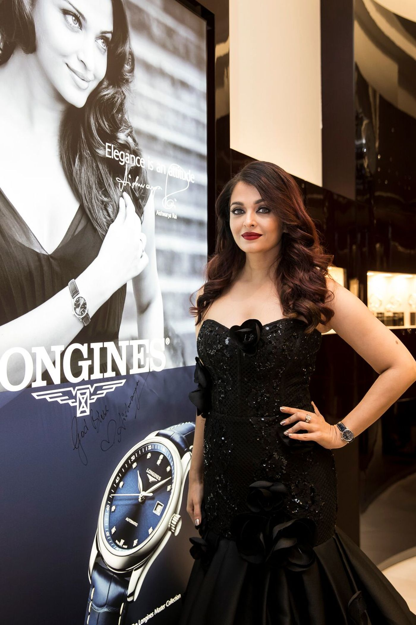 Longines Commonwealth Games Event: Longines and its Ambassador of Elegance Aishwarya Rai Bachchan welcome the 2018 Queen's Baton to the brand new Longines boutique in Sydney  1