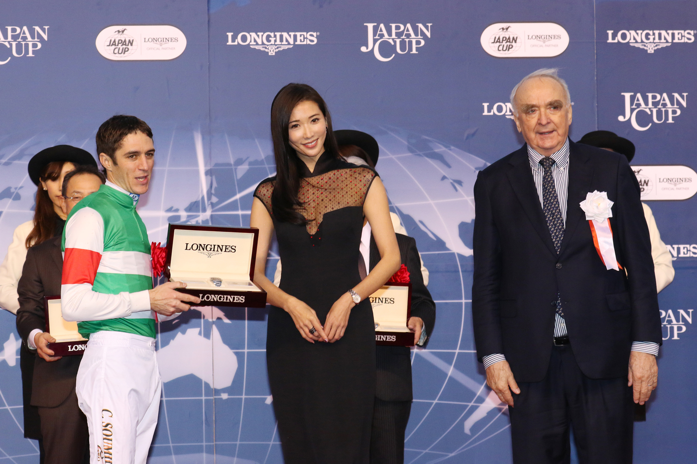 Longines Flat Racing Event: Christophe Soumillon on Epiphaneia wins the Japan Cup in association with Longines 8