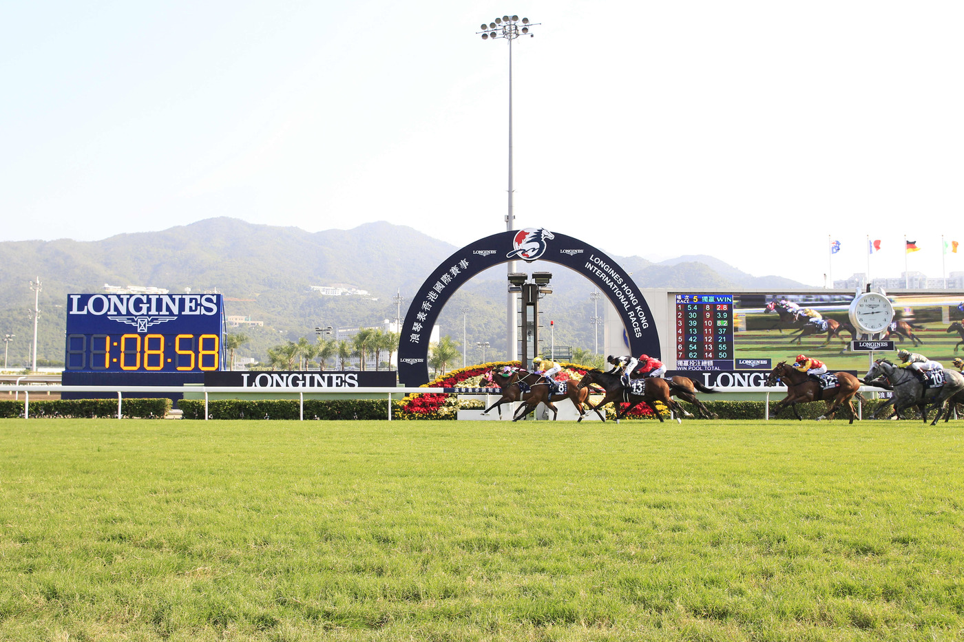 Longines Flat Racing Event: Longines Hong Kong International Races – where fervour meets elegance 1