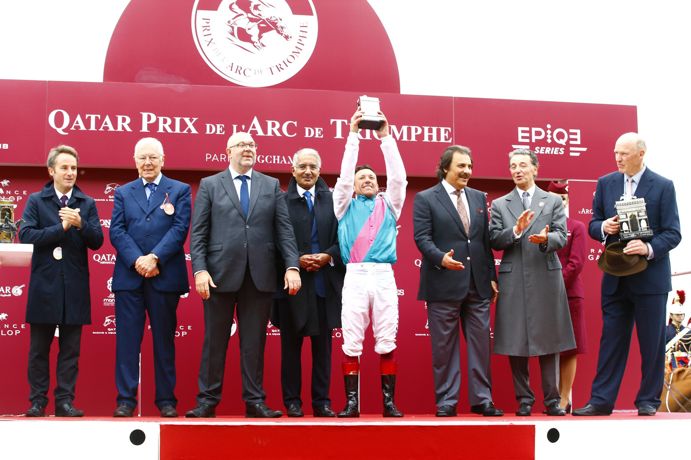Longines Flat Racing Event: Longines times the Qatar Prix de l'Arc de Triomphe  back at ParisLongchamp 8