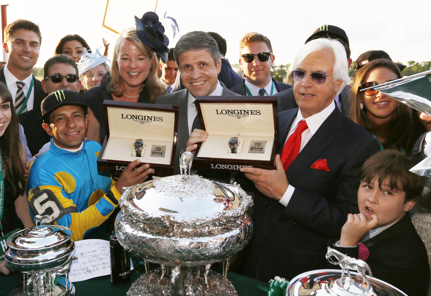 Longines Flat Racing Event: LONGINES TIMES AMERICAN PHAROAH'S TRIPLE CROWN VICTORY AT BELMONT STAKES 1