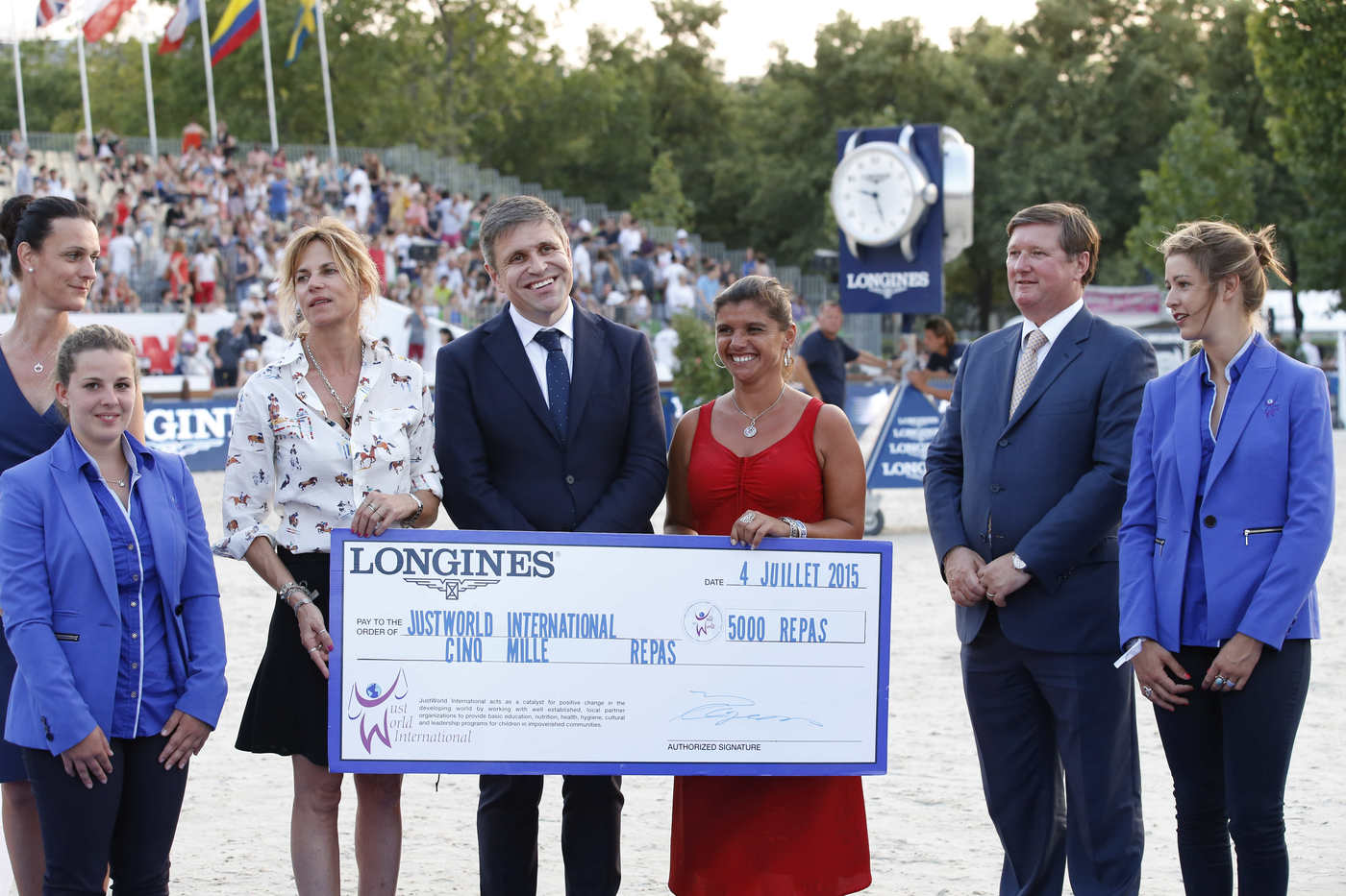 Longines Show Jumping Event: The Longines Paris Eiffel Jumping: a thrilling competition in the very heart of the City of Light 8