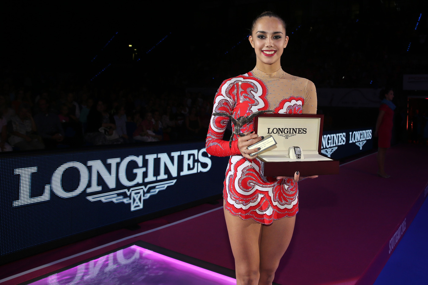 Longines Gymnastics Event: Margarita Mamun awarded with the Longines Prize for Elegance at the 34th Rhythmic Gymnastics World Championships 2015 3