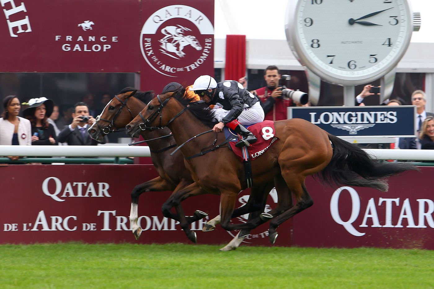 Longines Flat Racing Event: Qatar Prix de l'Arc de Triomphe : a thrilling race day timed by Longines  1