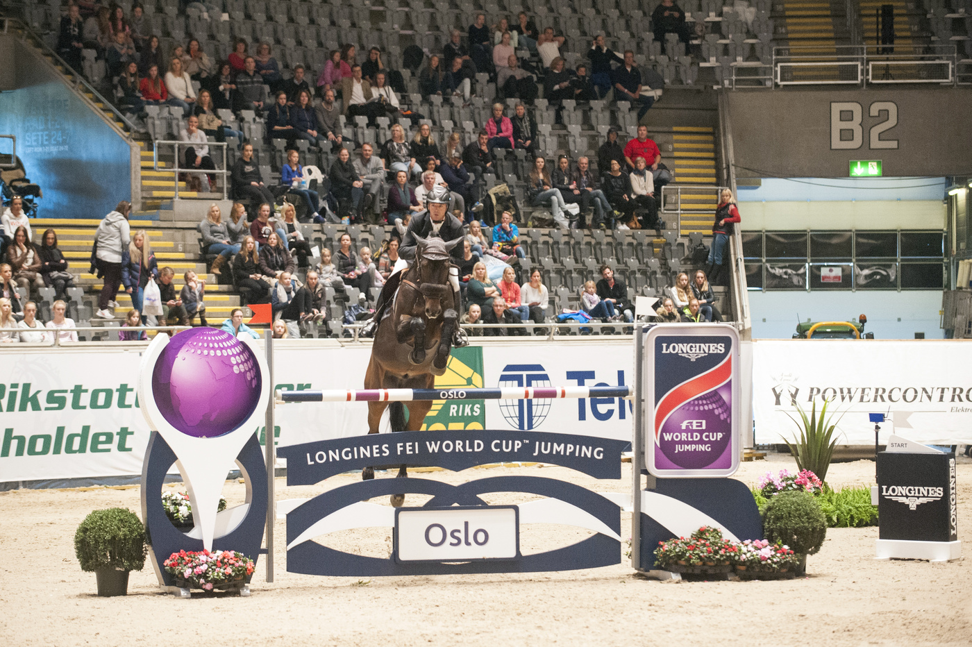 Longines Show Jumping Event: French riders rule the first leg of the Longines FEI World Cup™ Jumping in Oslo 1