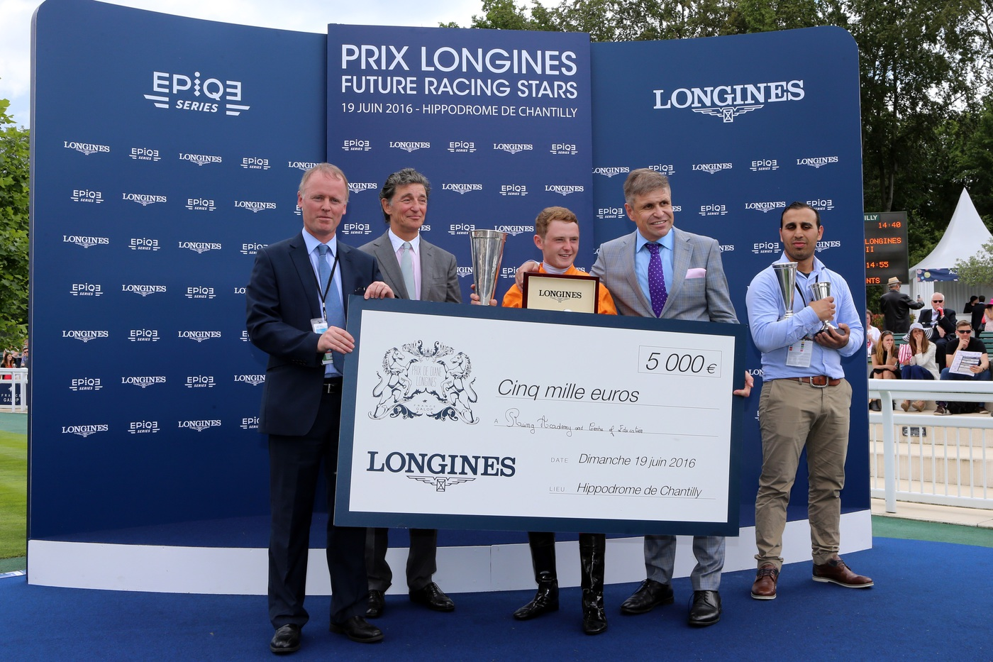 Longines Flat Racing Event: La Cressonnière is 2016 Prix de Diane Longines champion 9