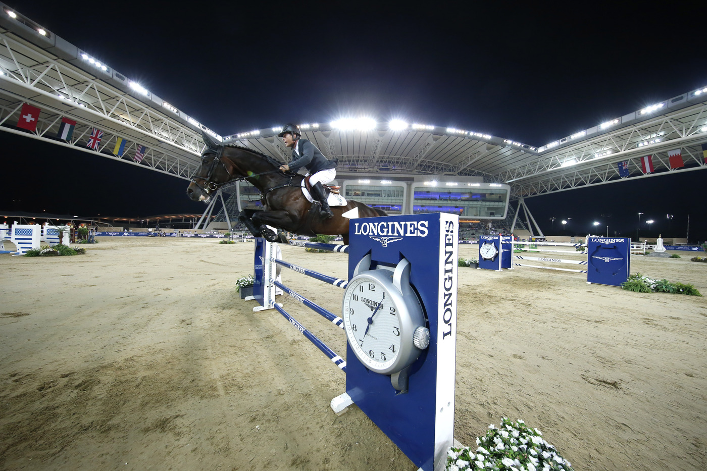 Longines Show Jumping Event: Rolf-Göran Bengtsson won the Longines Global Champions Tour 2016 after a final full of suspense in Doha 2