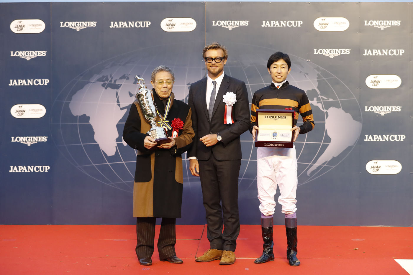 Longines Flat Racing Event: Kitasan Black and Yutaka Take caught the spotlight at 2016 Japan Cup in association with Longines  3