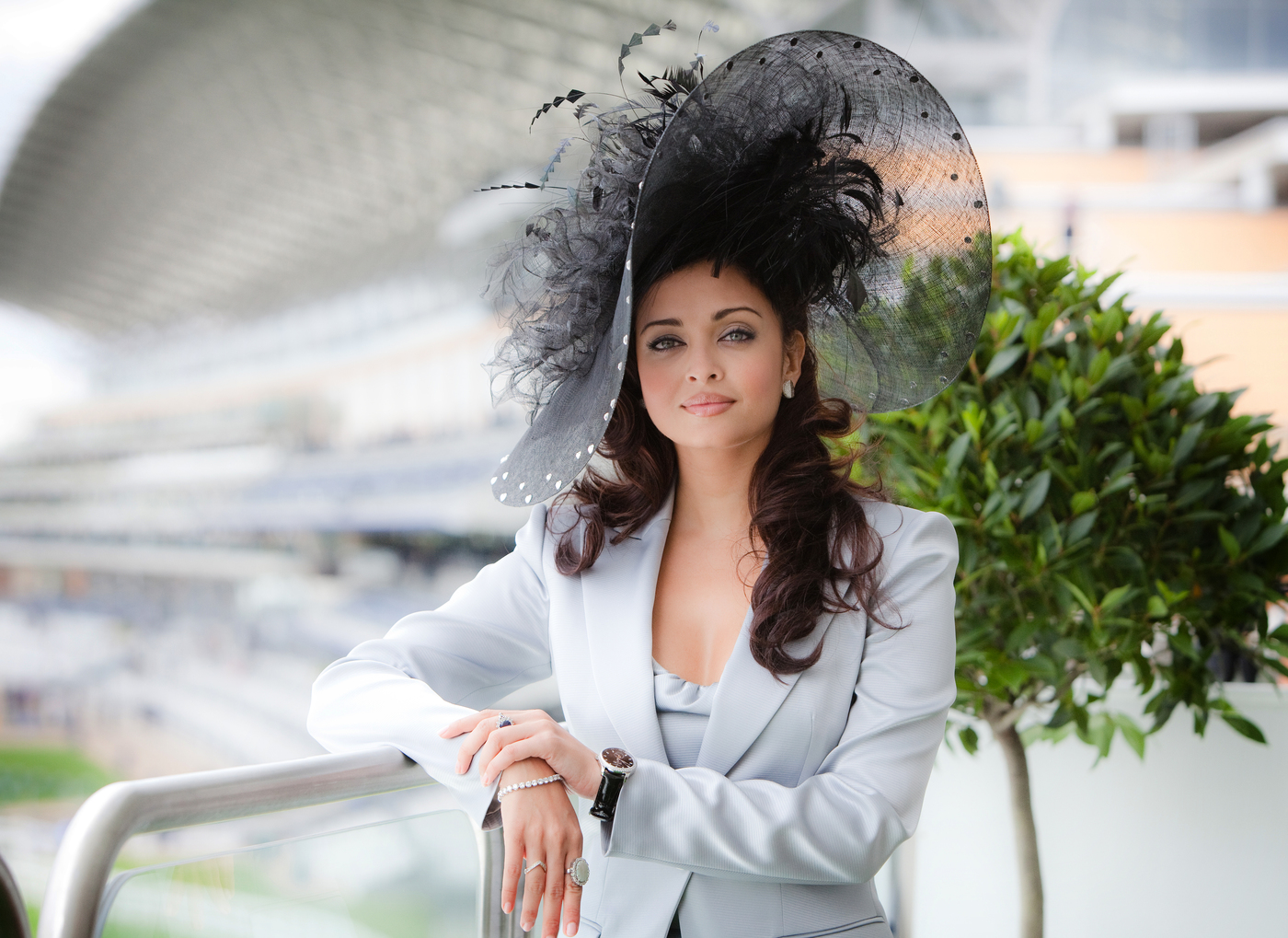 Longines Flat Racing Event: Longines Ambassador of Elegance Aishwarya Rai Bachchan lights up Royal Ascot with her radiant presence 3