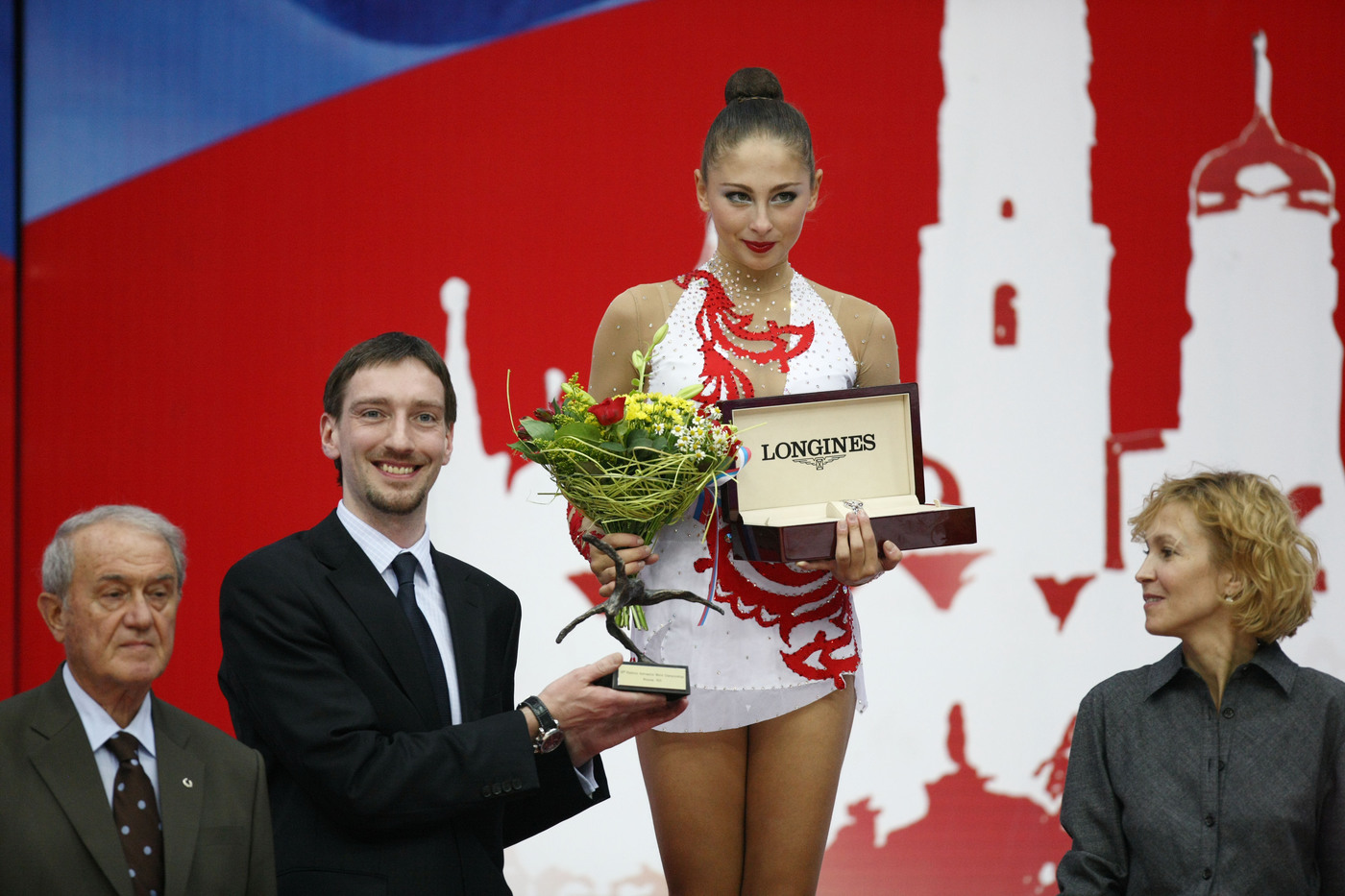 Longines Gymnastics Event: Ingeborga Dapkunaite gives the Longines Prize for Elegance to Daria Kondakova 5