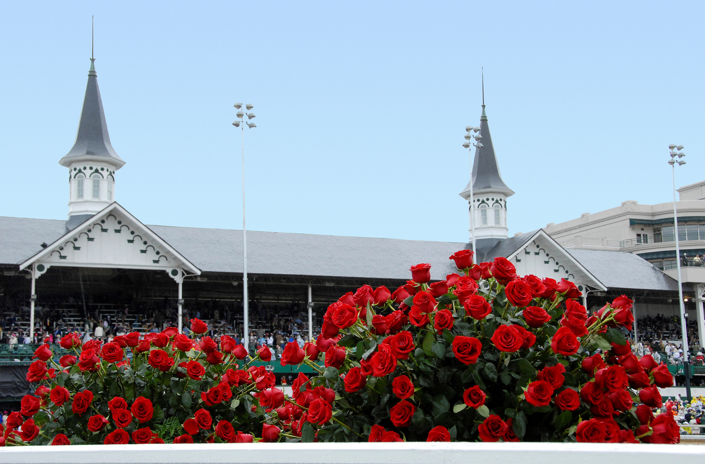 Longines Flat Racing Event: THE SWISS WATCH BRAND LONGINES PARTNERS WITH CHURCHILL DOWNS INCORPORATED AS 'OFFICIAL TIMEKEEPER' OF KENTUCKY DERBY®, HOME TRACK 3