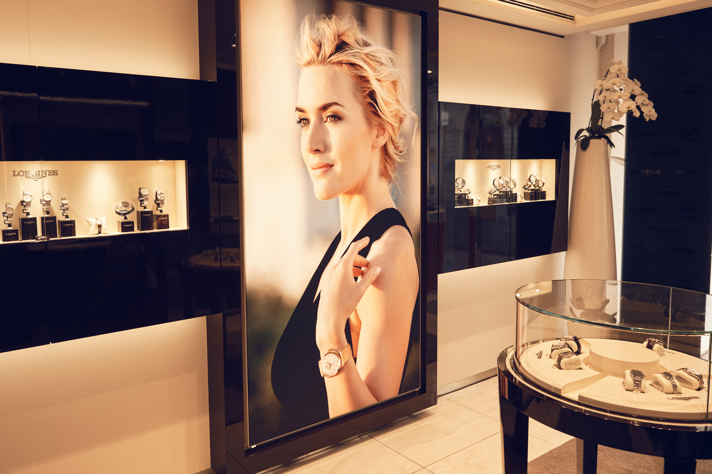 Longines Corporate Event: Kate Winslet launches the exclusive Flagship Heritage by Kate Winslet timepiece to be auctioned online 4