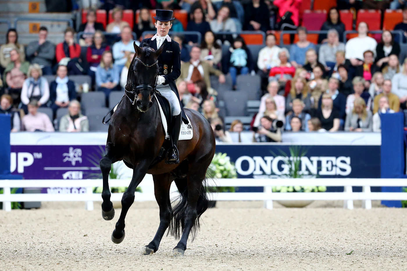 Longines Show Jumping Event: Steve Guerdat and Alamo took brilliant victory at the 2019 Longines FEI Jumping World CupTM Final 3