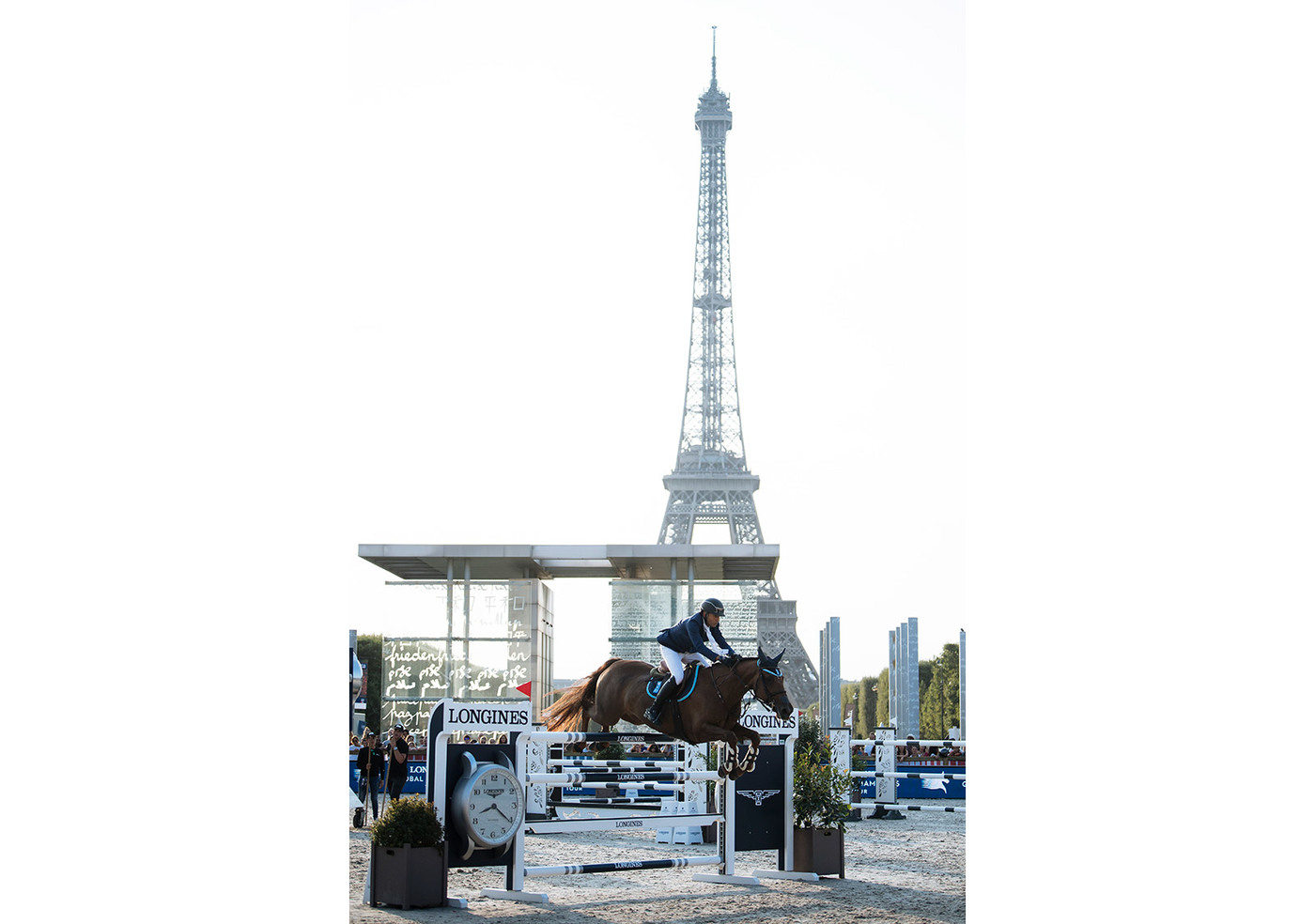 Longines Show Jumping Event: Longines Paris Eiffel Jumping: A thrilling weekend of competition filled with Performance and Elegance  4