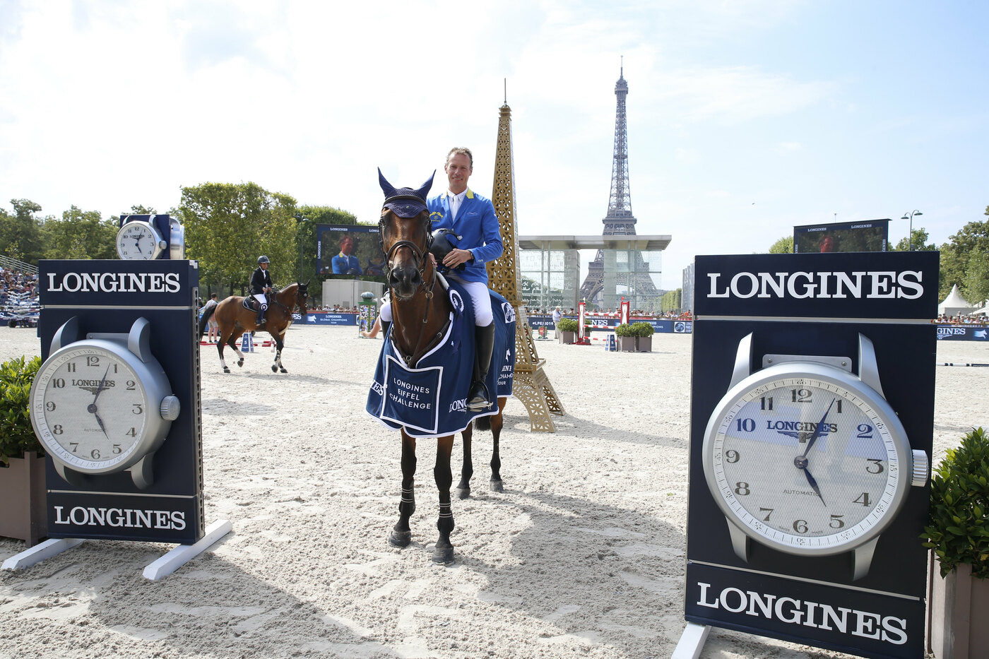 Longines Show Jumping Event: Longines Paris Eiffel Jumping:  Unmissable weekend of competition at the very heart of the French capital  4