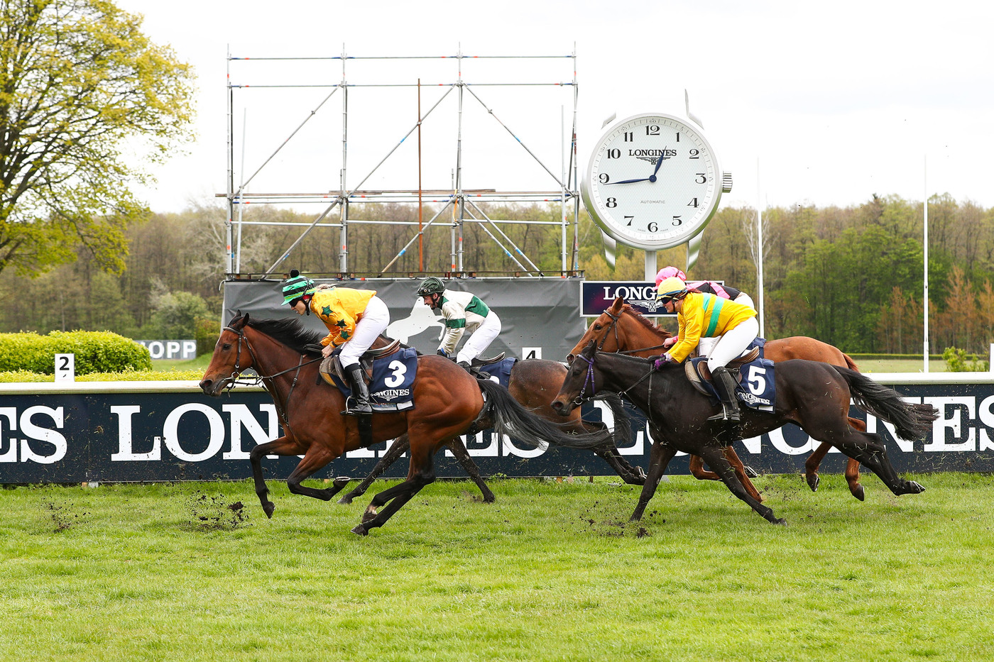 Longines Flat Racing Event: Longines presented its exclusive offer in sports timing services including a brand new application 2