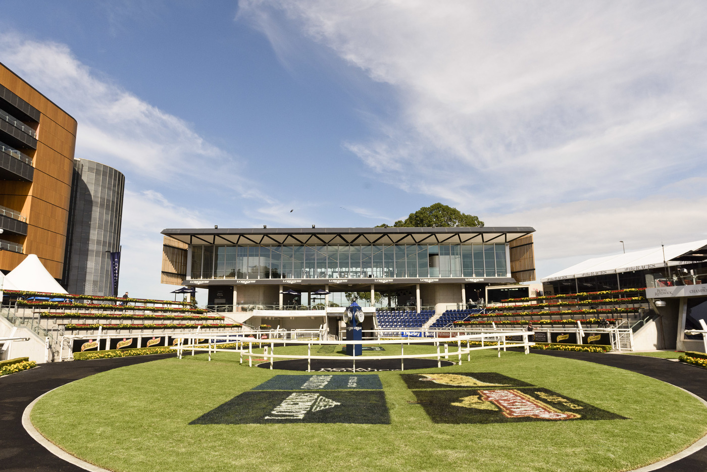 Longines Flat Racing Event: The Longines Queen Elizabeth Stakes brings the Sydney Carnival to an elegant close 2