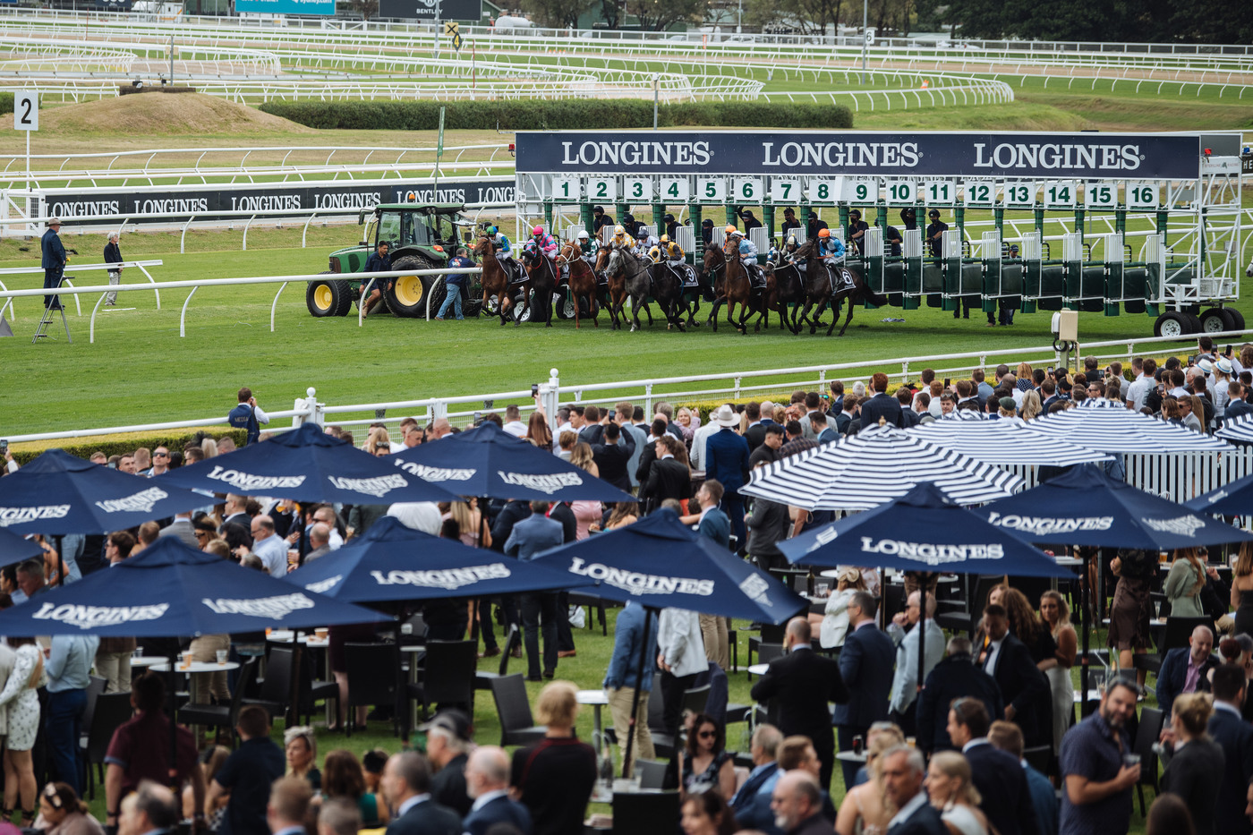 Longines Flat Racing Event: Longines timed the victory of Addeybb in the Longines Queen Elizabeth Stakes 4