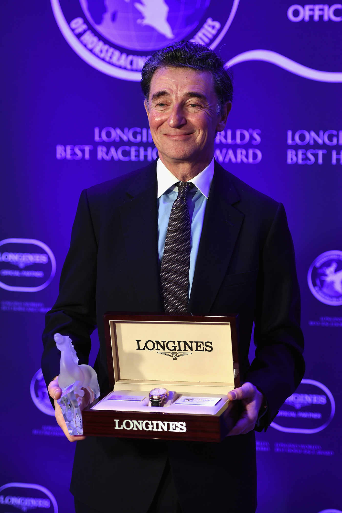 Longines Flat Racing Event: Arrogate crowned the Longines World's Best Racehorse for the second year in a row, Qatar Prix de l'Arc de Triomphe named Longines World's Best Horse Race for the second time 8