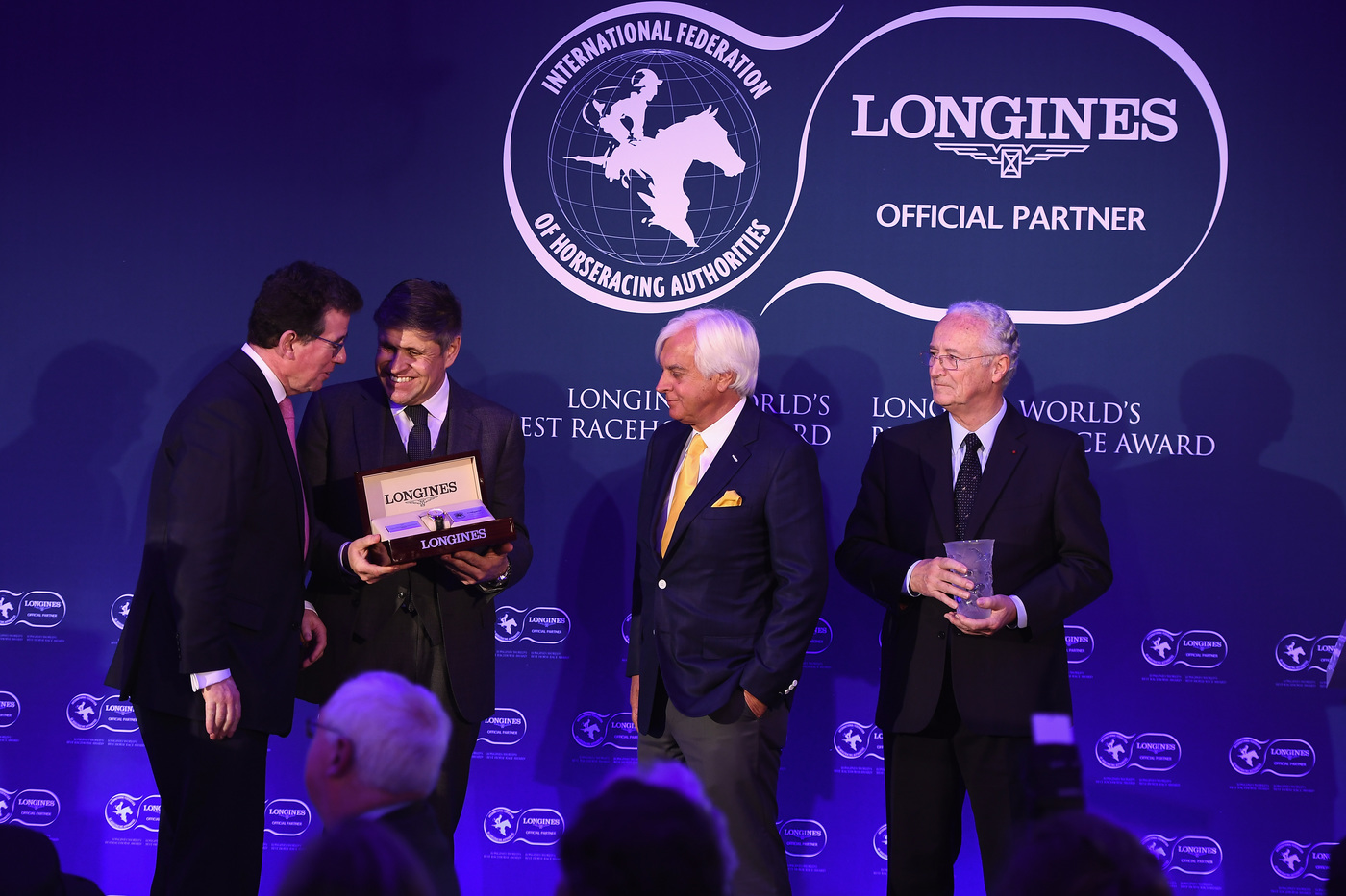 Longines Flat Racing Event: Arrogate crowned the Longines World's Best Racehorse for the second year in a row, Qatar Prix de l'Arc de Triomphe named Longines World's Best Horse Race for the second time 13