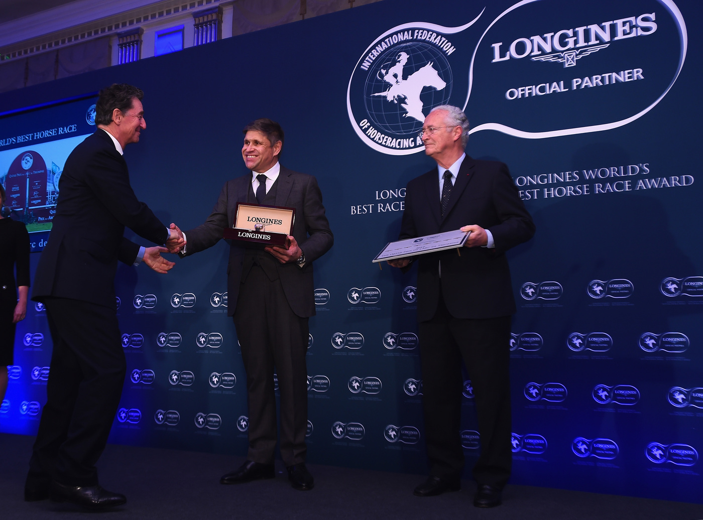 Longines Flat Racing Event: Arrogate crowned the Longines World's Best Racehorse for the second year in a row, Qatar Prix de l'Arc de Triomphe named Longines World's Best Horse Race for the second time 1