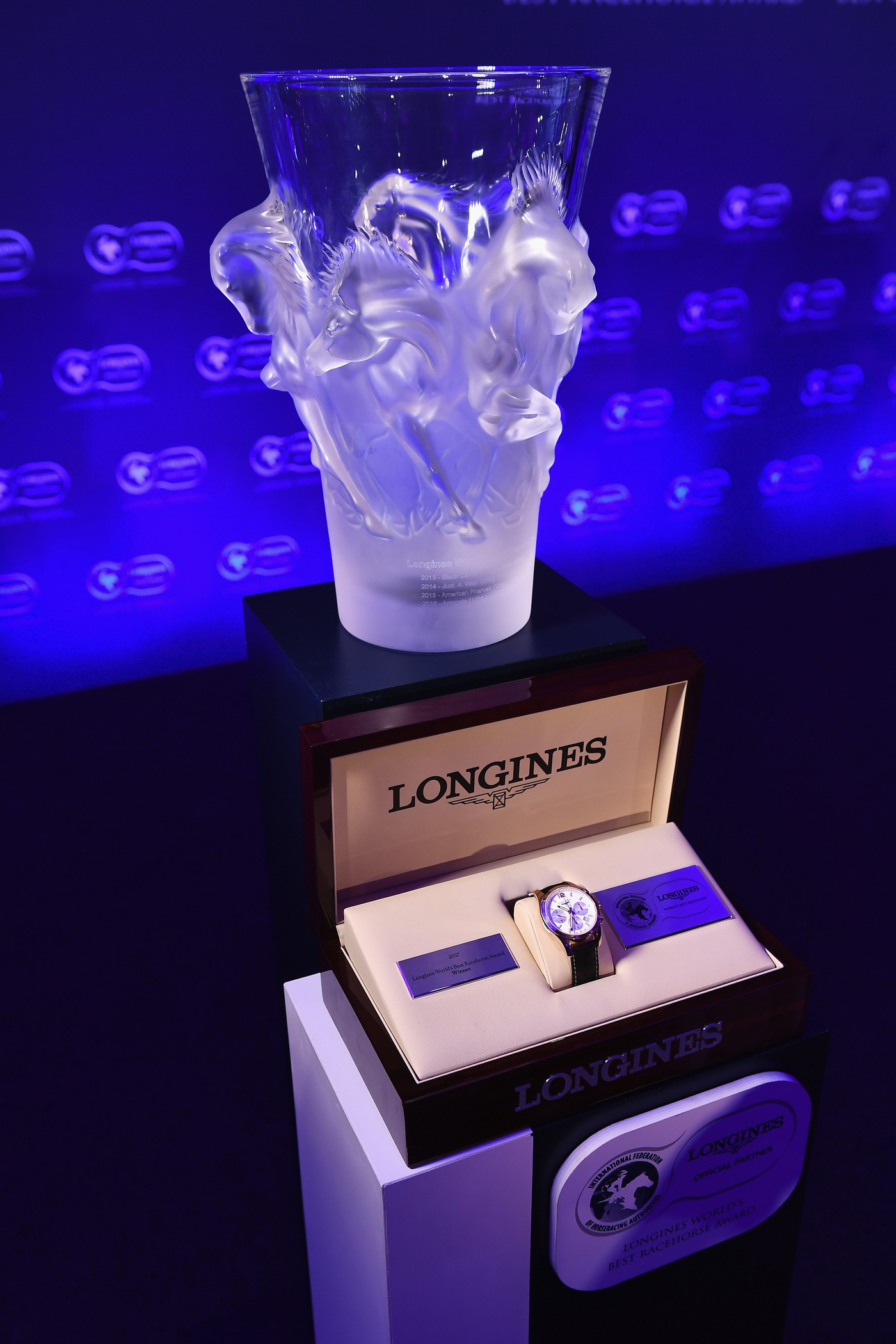 Longines Flat Racing Event: Arrogate crowned the Longines World's Best Racehorse for the second year in a row, Qatar Prix de l'Arc de Triomphe named Longines World's Best Horse Race for the second time 5