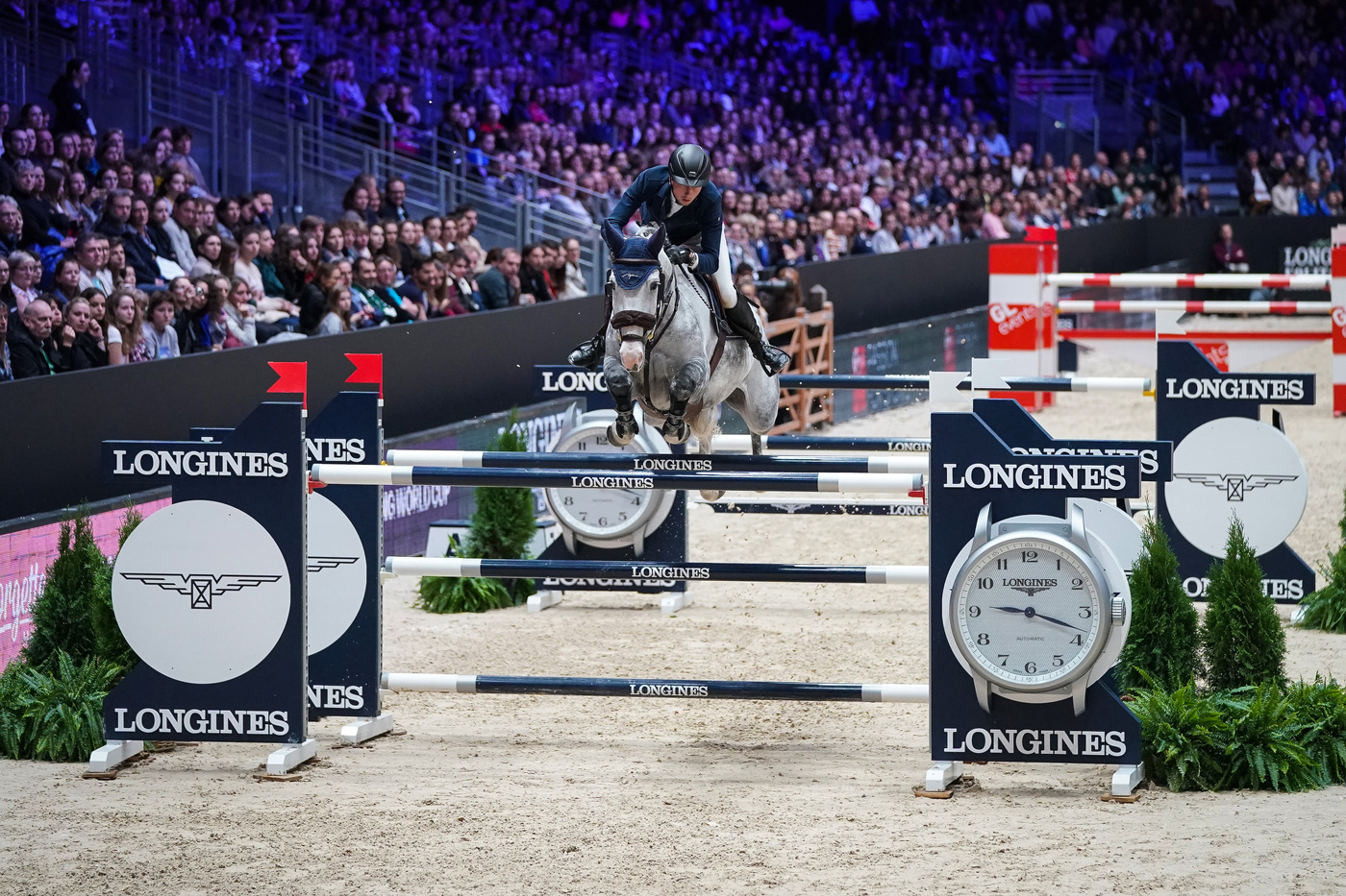 Longines Show Jumping Event: Martin Fuchs and Clooney 51 captured the Longines FEI Jumping World Cup at Longines Equita Lyon, Concours Hippique International 5