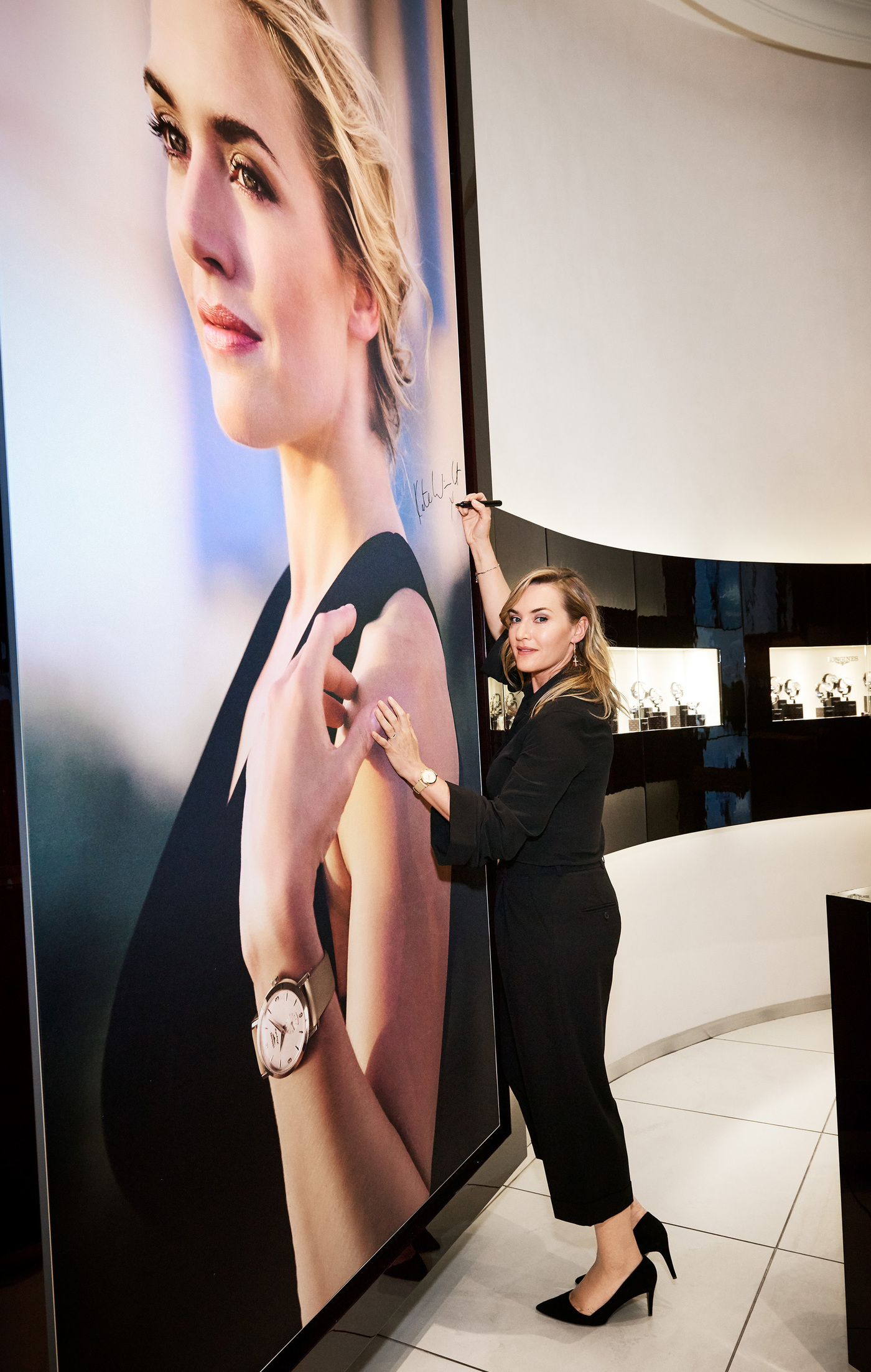 Longines Corporate Event: Longines welcomes its Ambassador of Elegance Kate Winslet in New York for the conclusion of a common charity project for the benefit of the Golden Hat Foundation 8