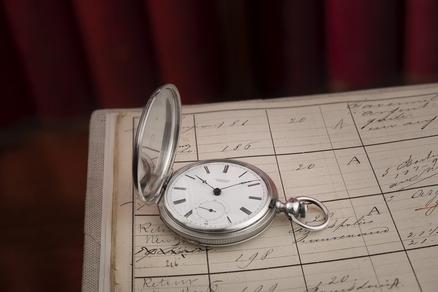 Longines Corporate Event: A collector finds the oldest Longines watch known to date, a historical discovery for the brand 4