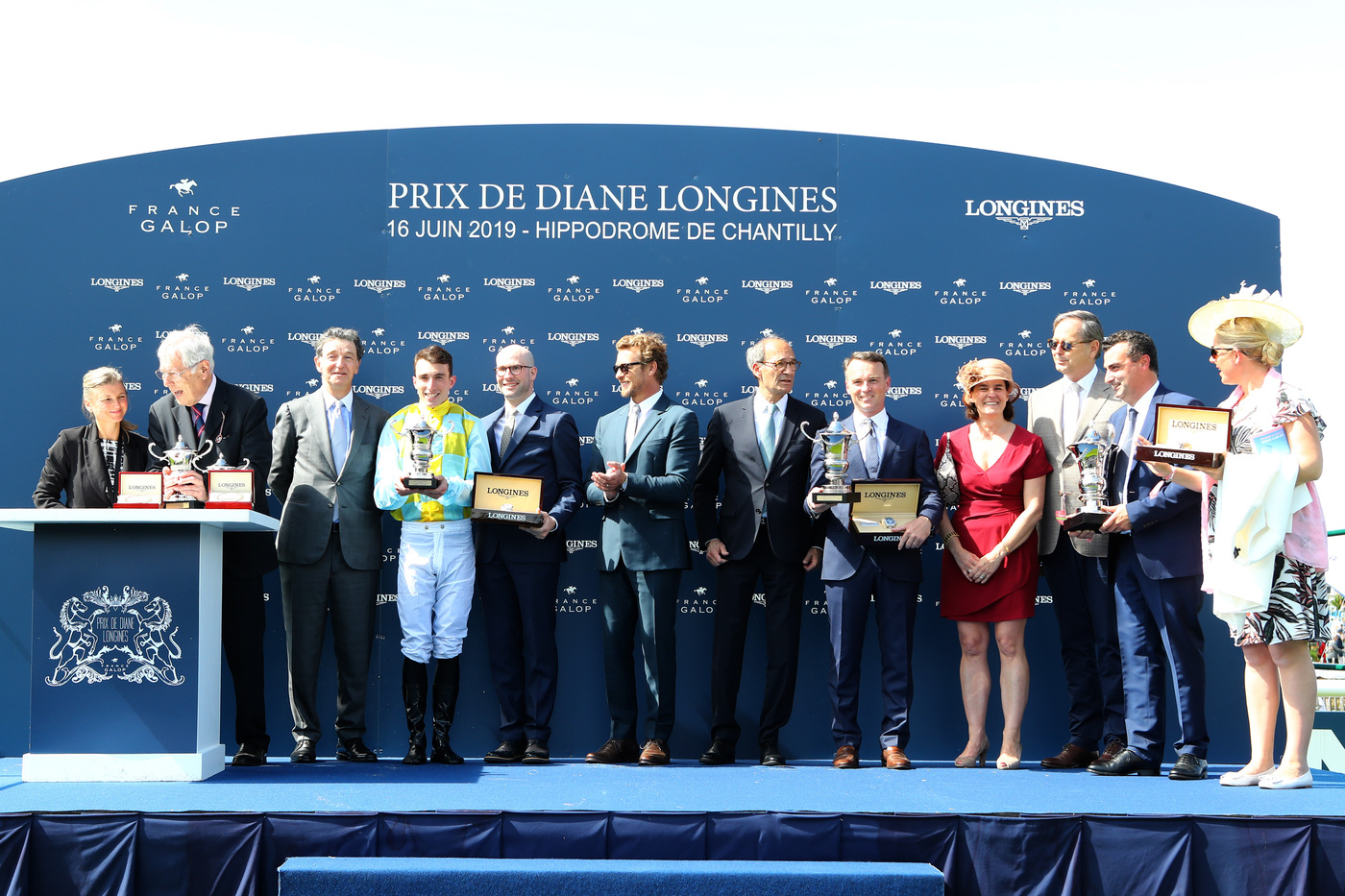 Longines Flat Racing Event: A remarkable 2019 edition of the Prix de Diane Longines in presence of Longines Ambassador of Elegance Simon Baker  6