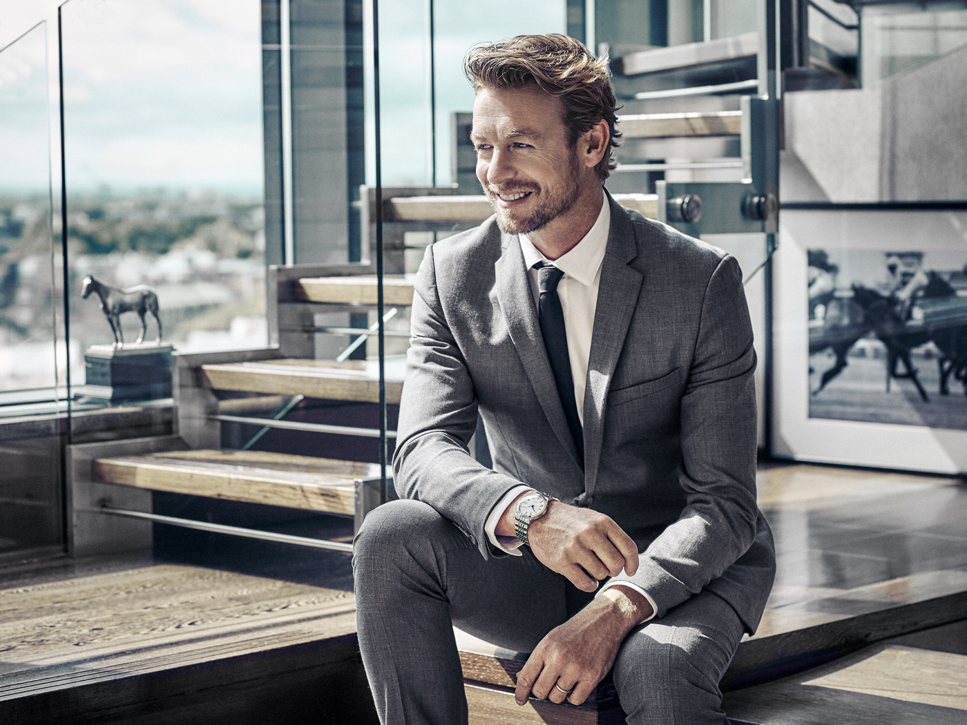 Longines Flat Racing Event: Simon Baker is back for the 2019 edition of the Prix de Diane Longines, the epitome of elegance  4