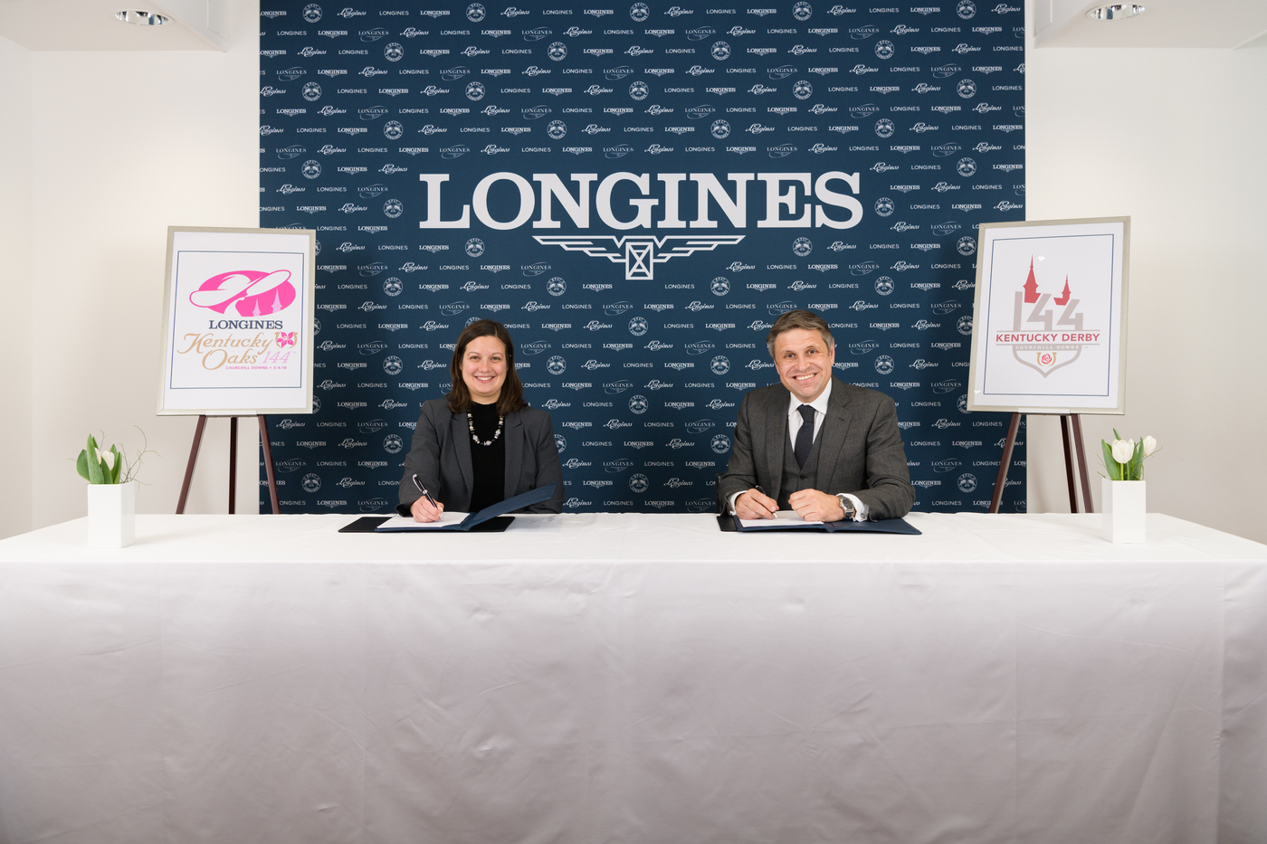 Longines Flat Racing Event: Longines renews its partnership with Churchill Downs as Official Timekeeper of the Kentucky Derby® and unveils the new Longines Kentucky Oaks logo 2