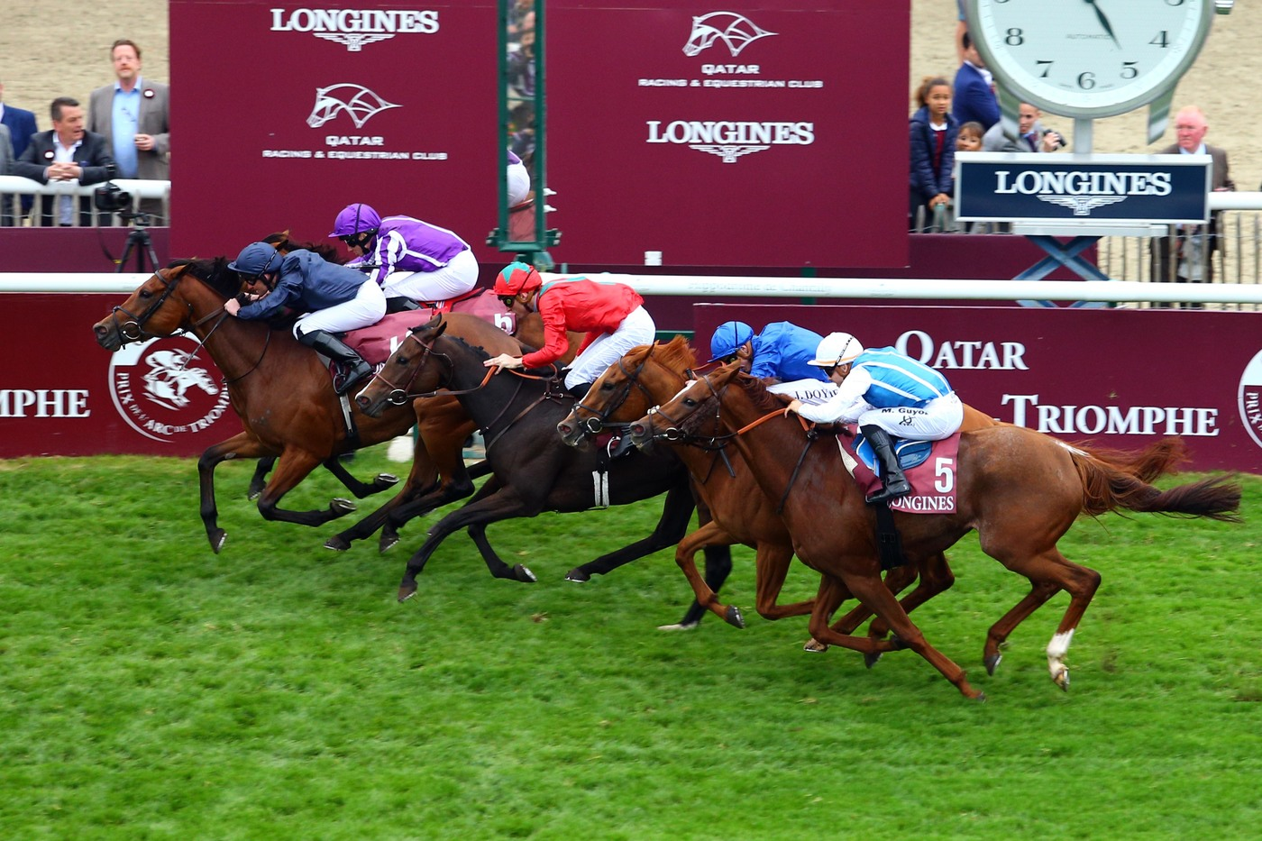 Longines Flat Racing Event: Longines' precision served the prestigious Qatar Prix de l'Arc de Triomphe 2