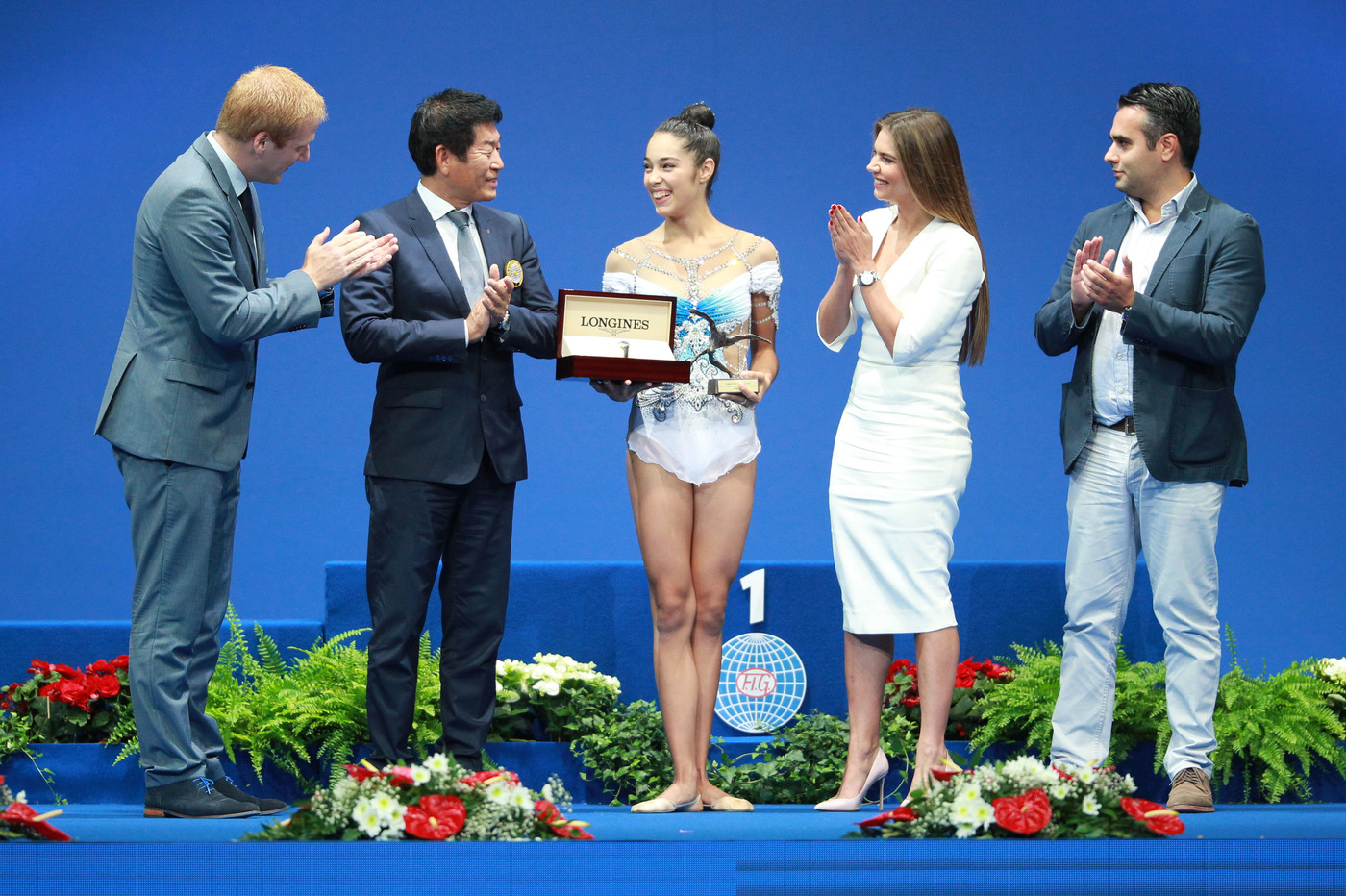 Longines Gymnastics Event: Italy's Alexandra Agiurgiuculese presented with the Longines Prize for Elegance at the 35th Rhythmic Gymnastics World Championships 2017 in Pesaro 1