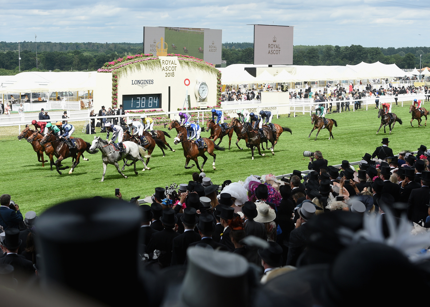 Longines Flat Racing Event: An elegant race day at Royal Ascot with  Longines Ambassador of Elegance Eddie Peng 11